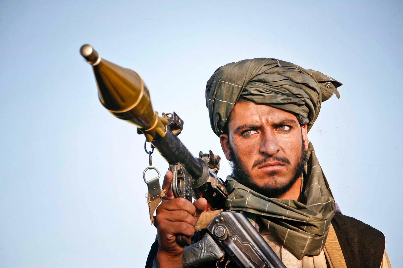 http://syariftambakoso.files.wordpress.com/2010/11/taliban-rpg.jpg